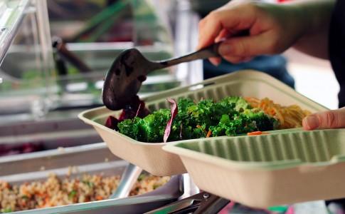 Ryerson_Farmers_Market_Appletree_Hearty_Catering_Kale_Scoop