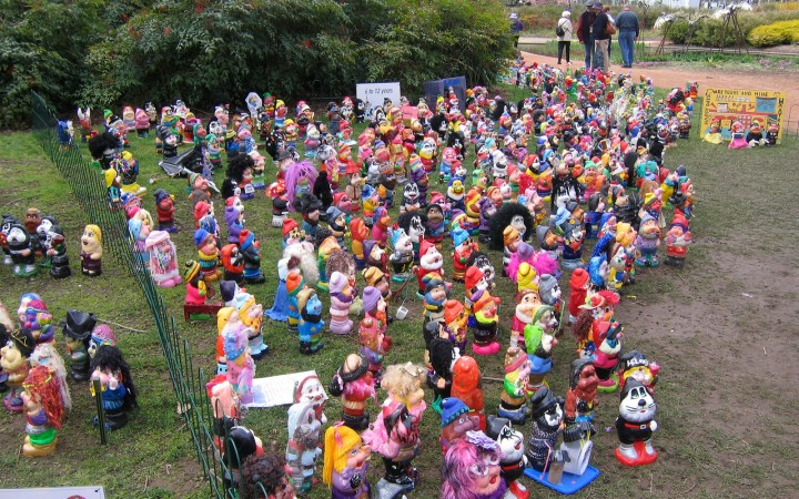 Garden_gnomes_-_commonwealth_park_canberra