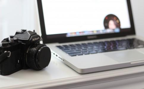 Computer and camera